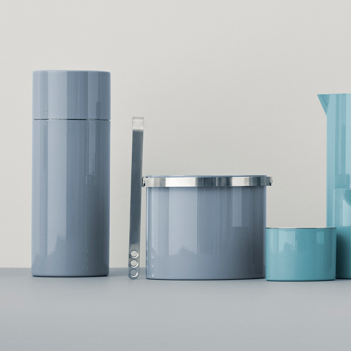 Stelton - Cylinda Cocktail Shaker, ice Bucket, ice tongs and sugar bowk in blue