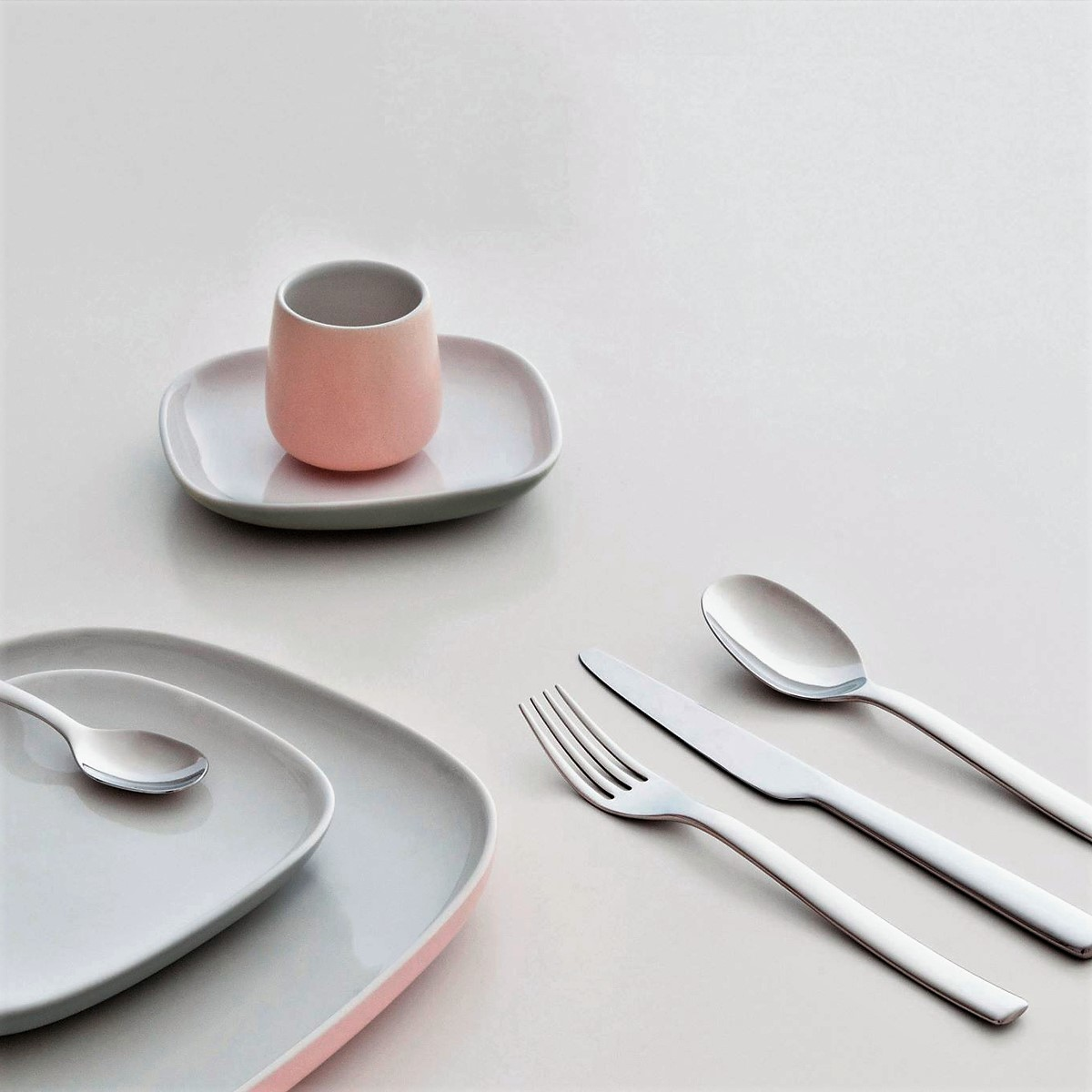 alessi cutlery cutlery sets ovale cutlery in stainless steel. Black Bedroom Furniture Sets. Home Design Ideas